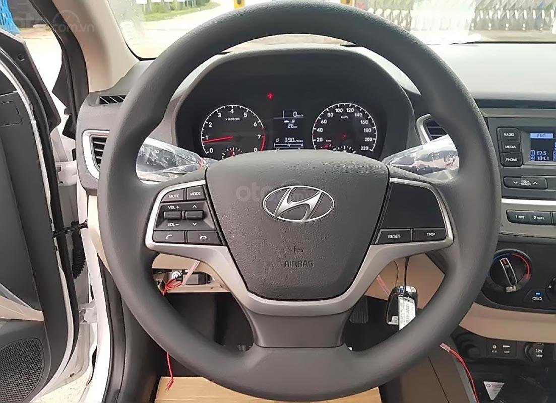 Hyundai Tây Ninh bán Hyundai Accent 1.4 MT Base đời 2019, màu trắng (2)