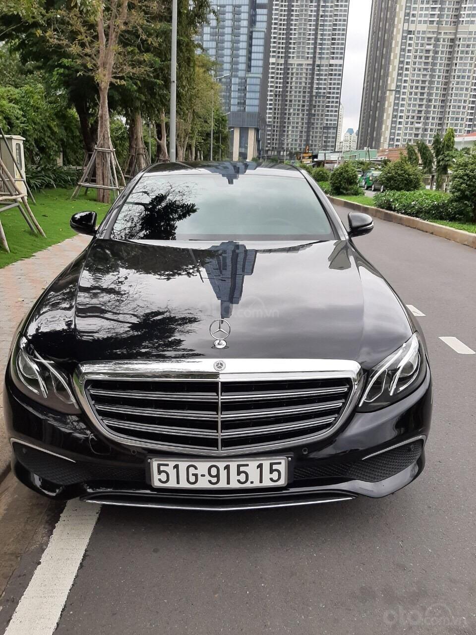 Bán E200 sản xuất 2018 mẫu 2019, xe đẹp đi đúng 16.000km, cam kết chất lượng bao kiểm tra hãng (1)
