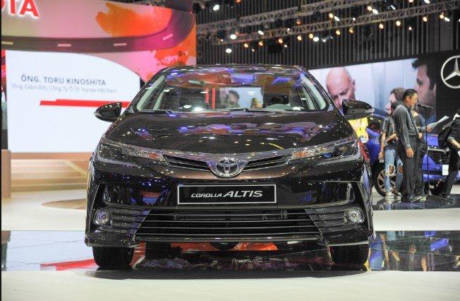 Giá xe Toyota Corolla Altis tại đại lý giảm sâu, thế hệ mới có về nước như lời đồn? - Ảnh 1.