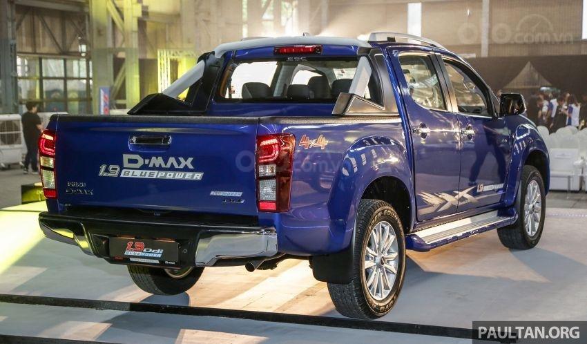 Isuzu D-Max 2019 facelift mạnh mẽ và tiết kiệm nhiên liệu hơn