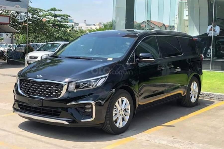 Giá lăn bánh xe Kia Sedona 2019 sau khi giảm giá niêm yết a1