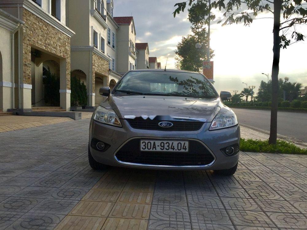 Bán Ford Focus đời 2010, xe nhập ít sử dụng, giá chỉ 320 triệu (1)