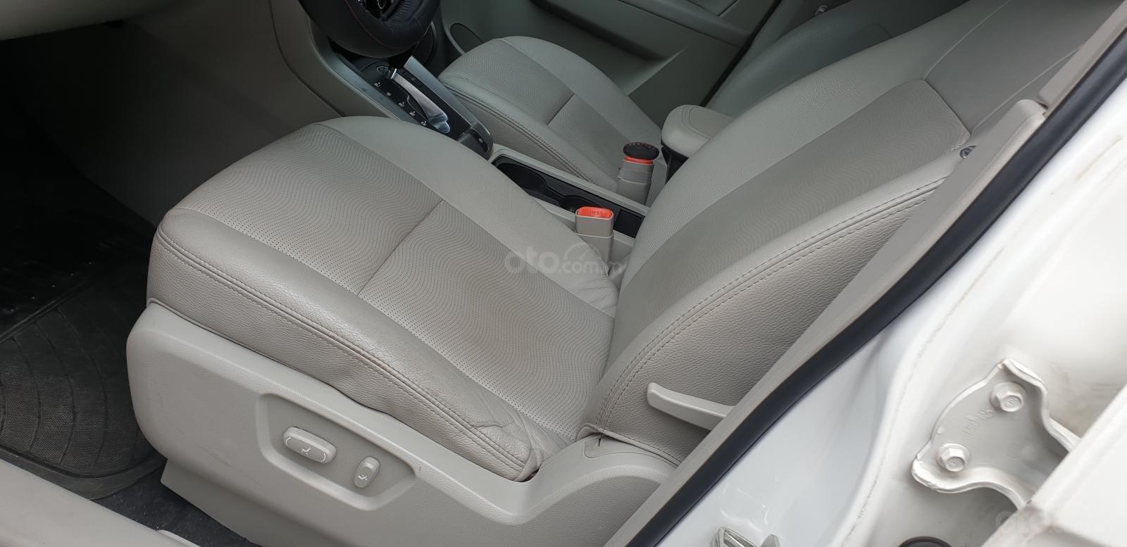 Bán Chevrolet Captiva LTZ máy Ecotec số tự động model 2016, SX T12/ 2015, màu trắng, đẹp mới 90% (18)