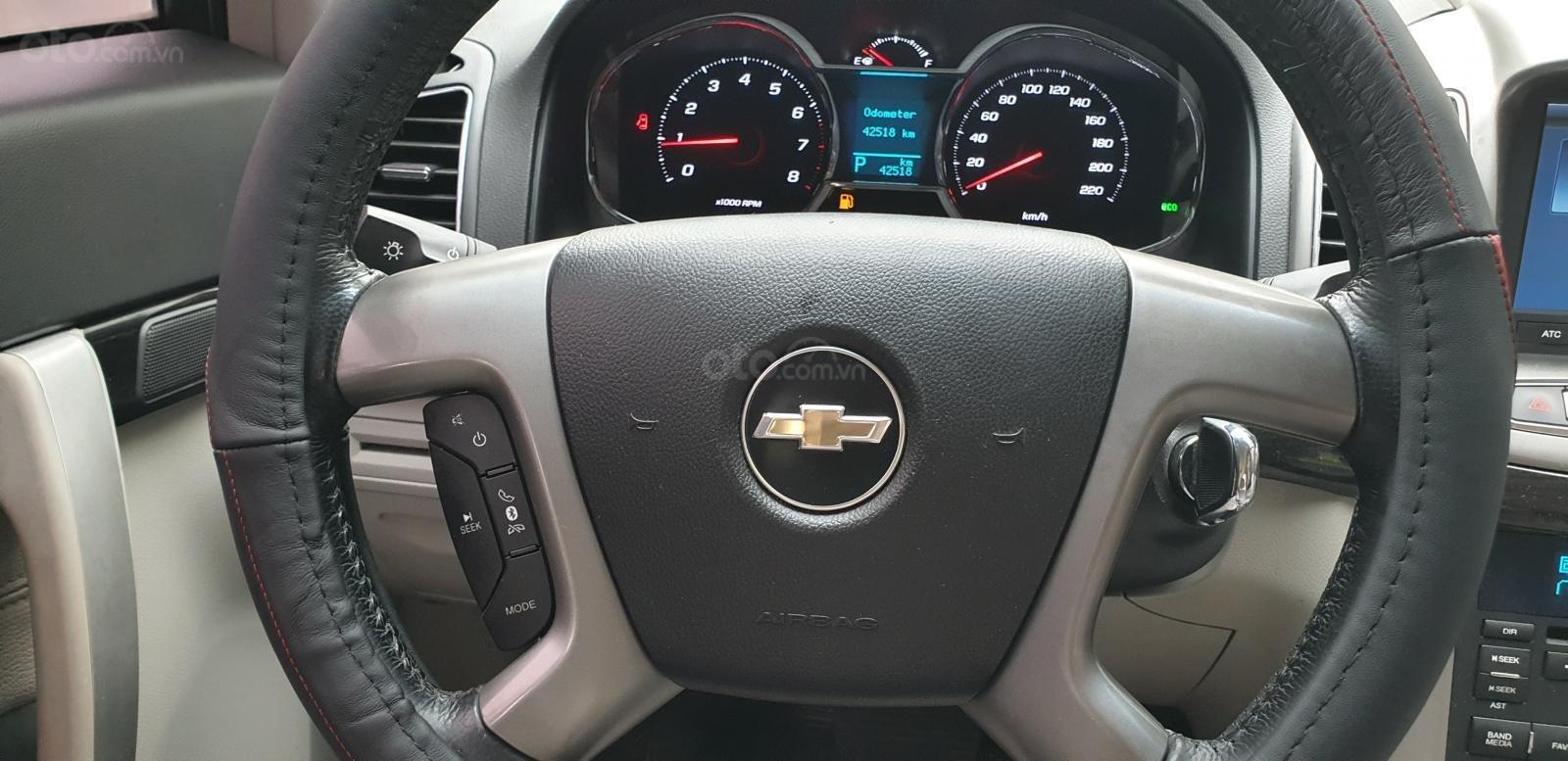 Bán Chevrolet Captiva LTZ máy Ecotec số tự động model 2016, SX T12/ 2015, màu trắng, đẹp mới 90% (23)