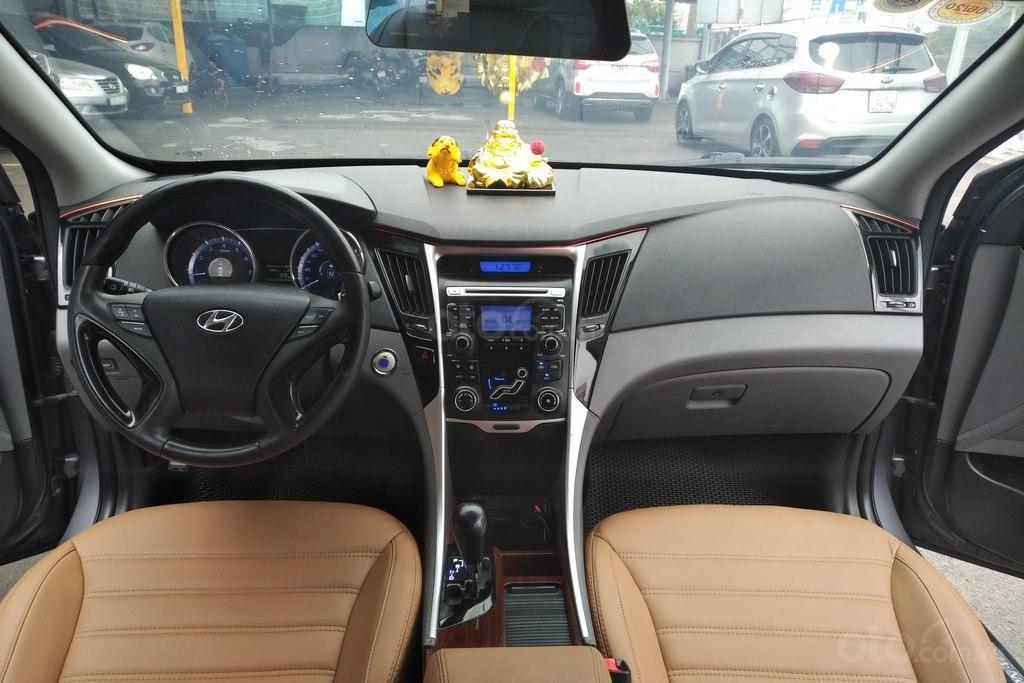Bán Hyundai Sonata 2.0AT 2010, nhập khẩu nguyên chiếc (8)