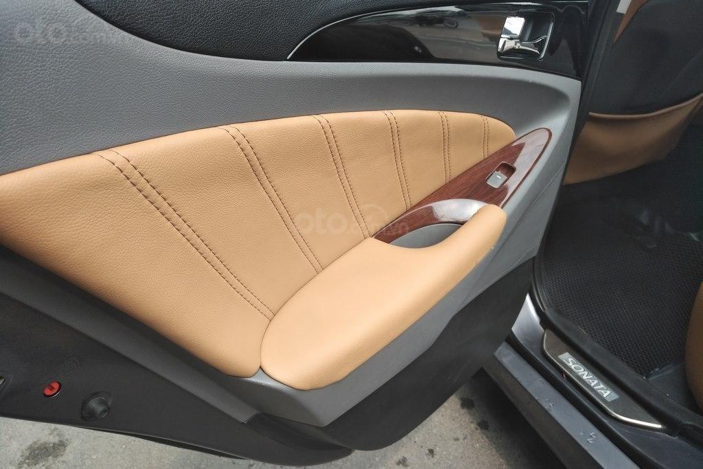 Bán Hyundai Sonata 2.0AT 2010, nhập khẩu nguyên chiếc (7)