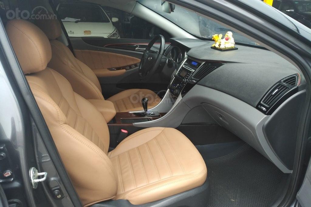 Bán Hyundai Sonata 2.0AT 2010, nhập khẩu nguyên chiếc (13)