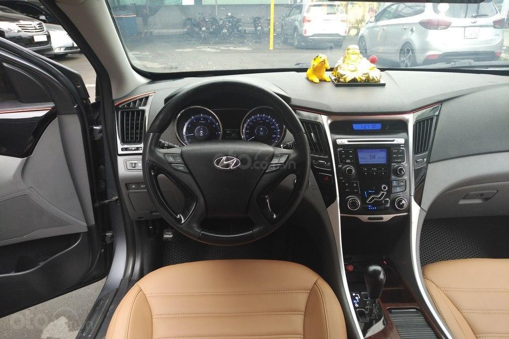 Bán Hyundai Sonata 2.0AT 2010, nhập khẩu nguyên chiếc (9)