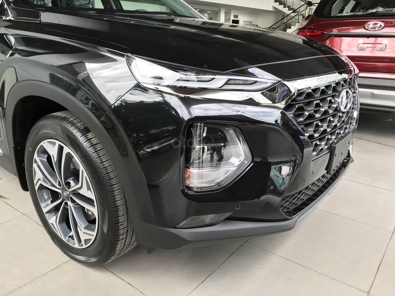 Xả kho Hyundai Santa Fe dầu đặc biệt màu đen + hỗ trợ trả trước 370tr tậu xe (2)