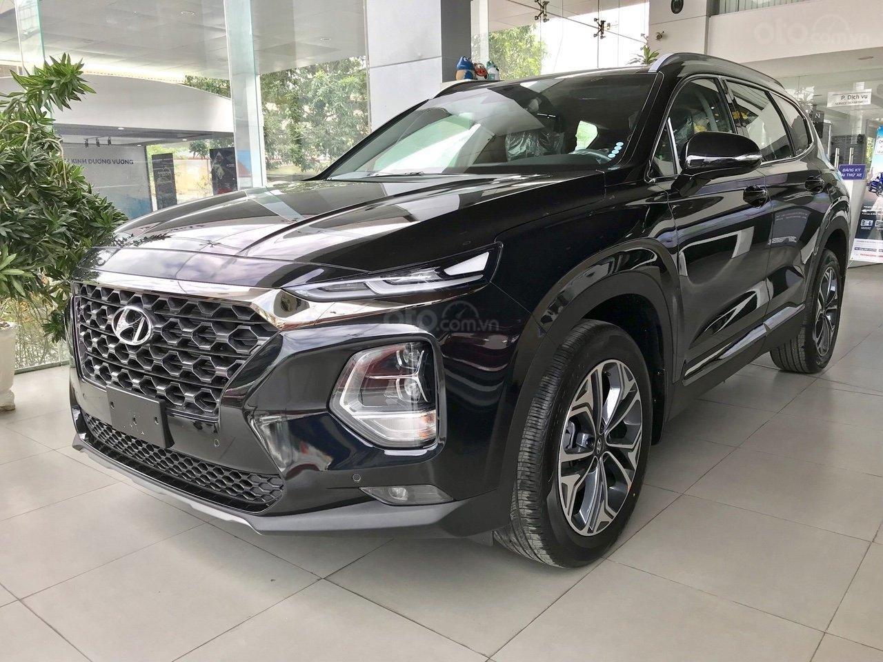 Xả kho Hyundai Santa Fe dầu đặc biệt màu đen + hỗ trợ trả trước 370tr tậu xe (6)