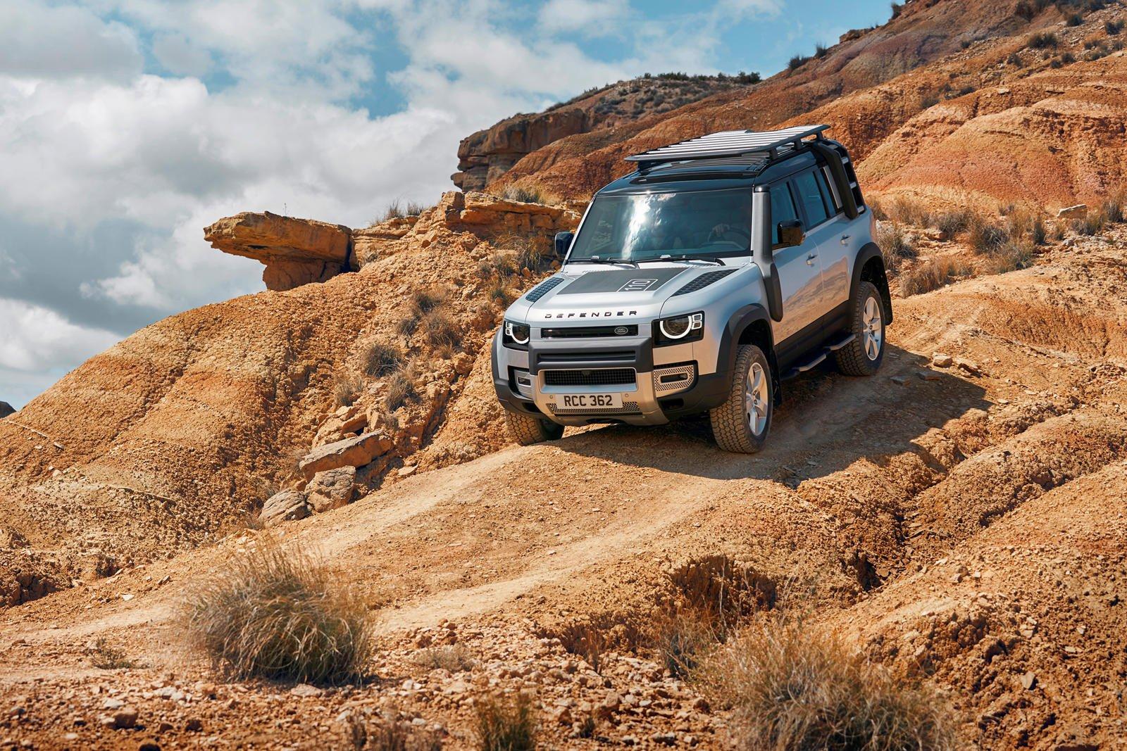 Đánh giá xe Land Rover Defender 2020.
