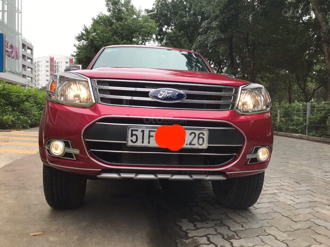 Bán ô tô Ford Everest sản xuất 2015, màu đỏ, giá tốt, 675 triệu đồng (1)