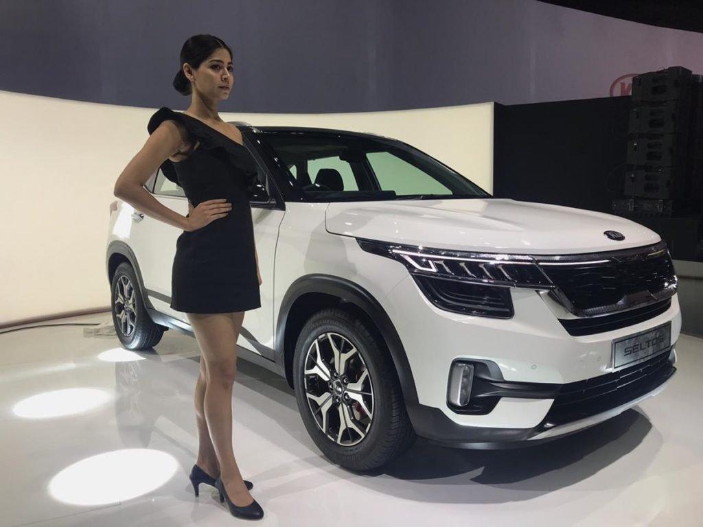 """Đánh giá xe Kia Seltos 2020: Đối thủ """"cứng của Hyundai Kona 8a"""