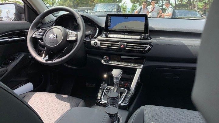 """Đánh giá xe Kia Seltos 2020: Đối thủ """"cứng của Hyundai Kona 5a"""