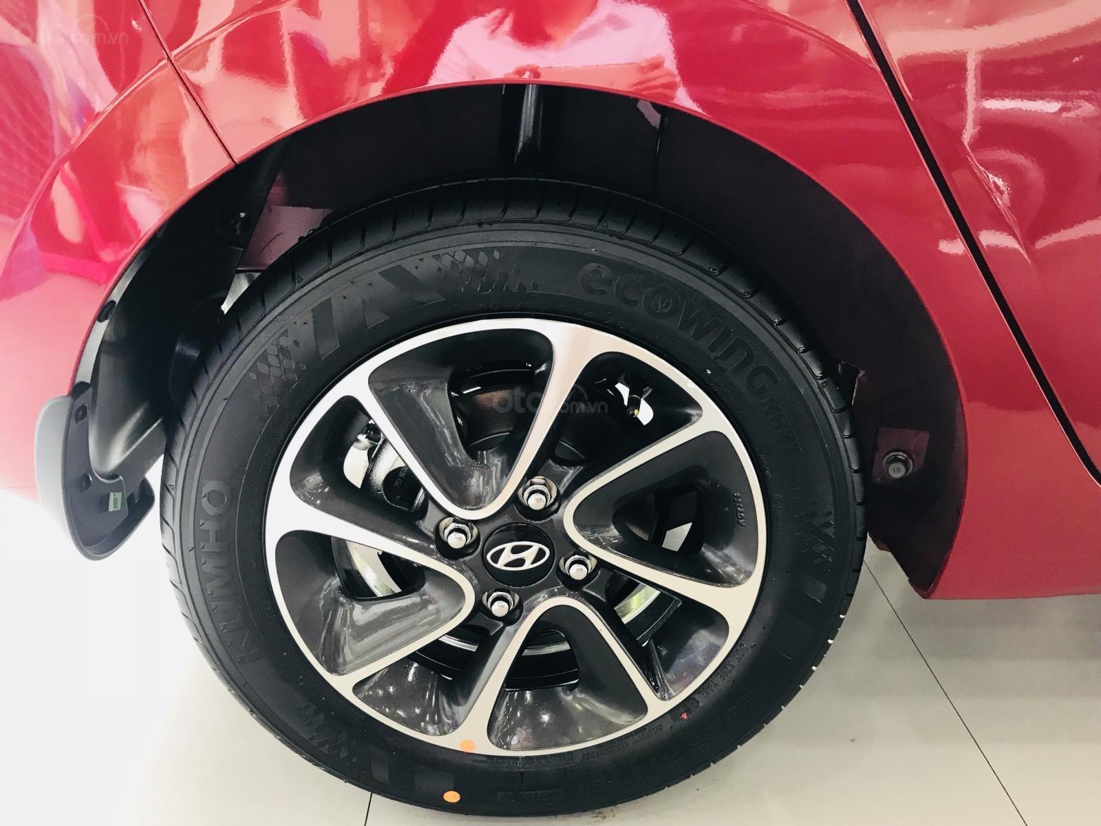 Giao xe ngay với Hyundai Grand i10 khuyến mãi cực sốc, hotline: 0974064605 (3)