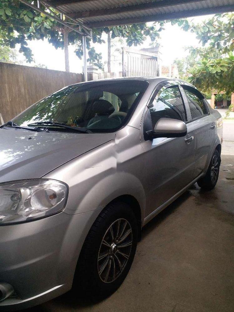 Cần bán gấp Daewoo Gentra năm 2010, màu bạc, xe nhập, xe gia đình (2)