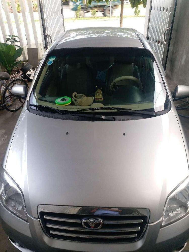 Cần bán gấp Daewoo Gentra năm 2010, màu bạc, xe nhập, xe gia đình (1)