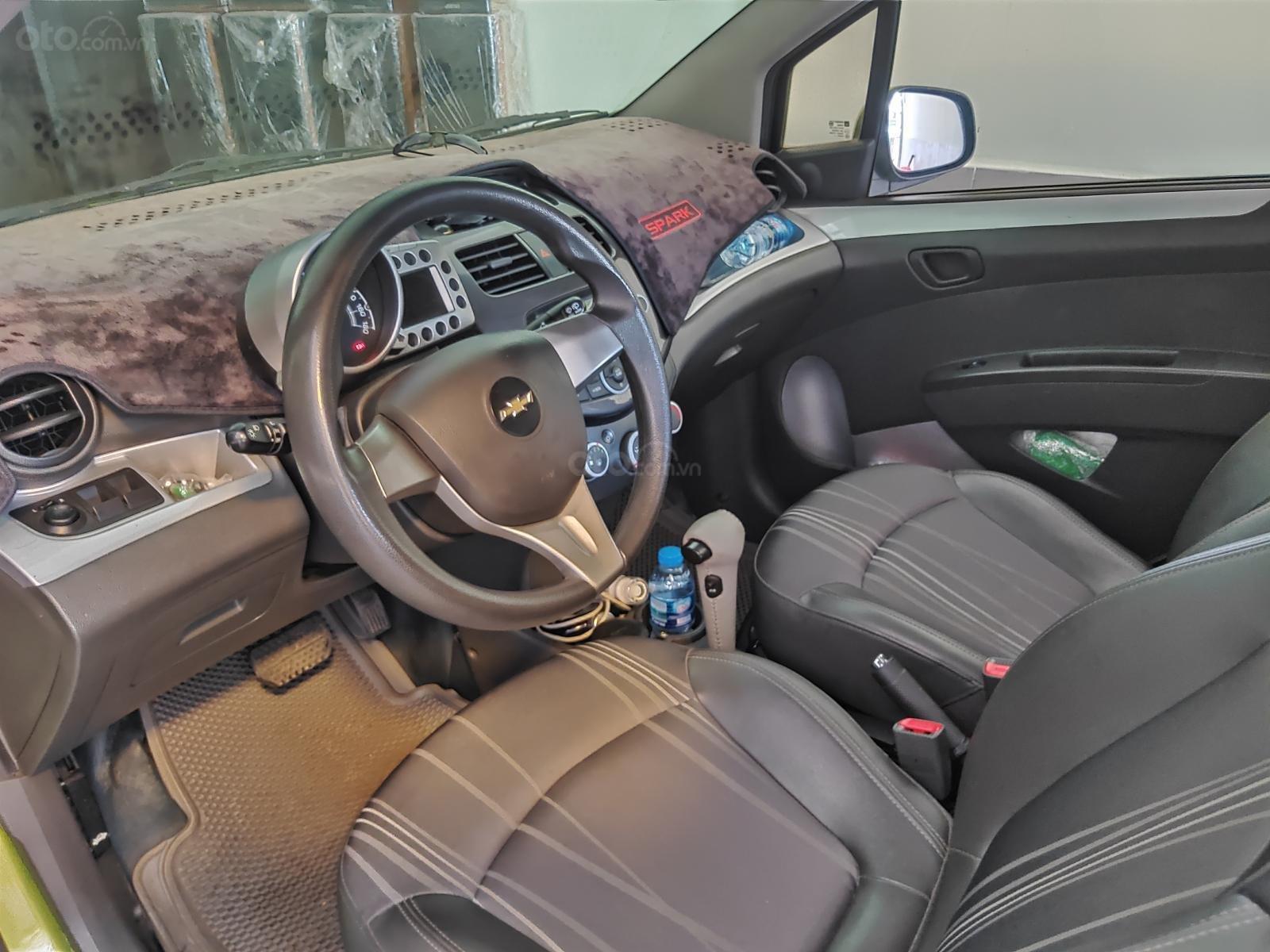 Chevrolet Spark số tự động chính chủ sản xuất 2013, màu xanh lục ít sử dụng giá tốt 250 triệu đồng (4)