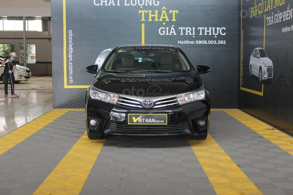 Cần bán xe Toyota Corolla Altis G 1.8 AT sản xuất năm 2015, màu đen (2)