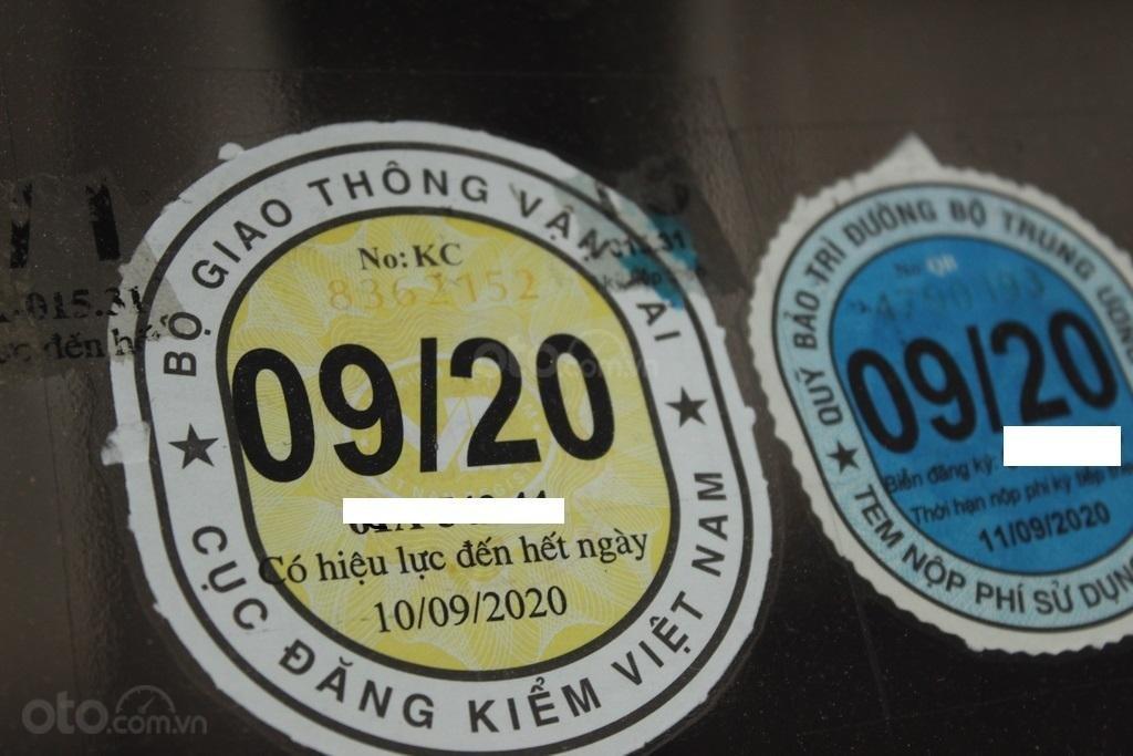 Cần bán xe Toyota Corolla Altis G 1.8 AT sản xuất năm 2015, màu đen (7)