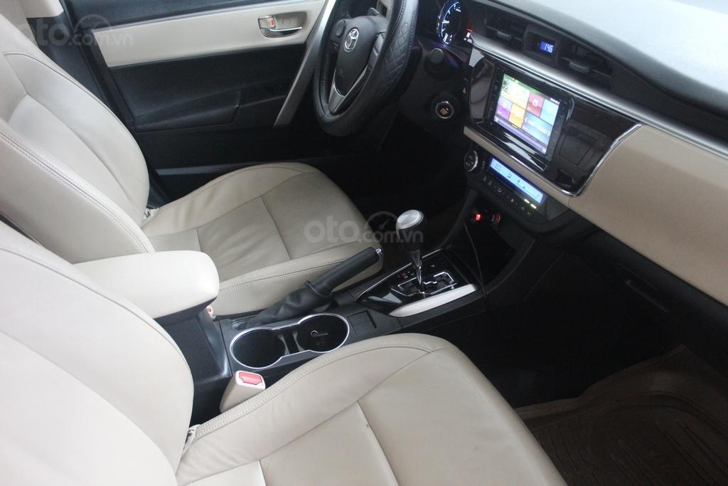 Cần bán xe Toyota Corolla Altis G 1.8 AT sản xuất năm 2015, màu đen (5)