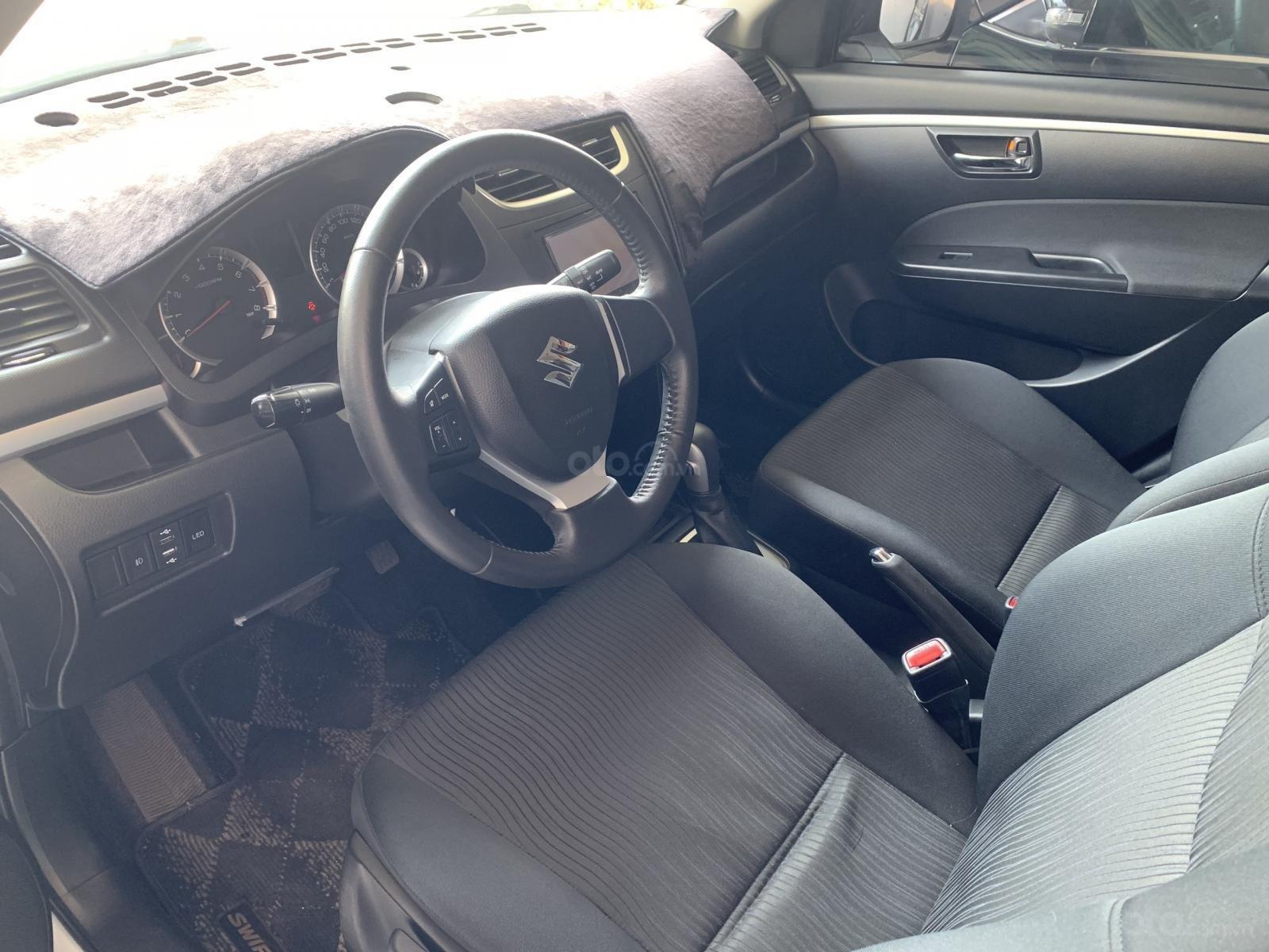 Suzuki Swift AT sx 2017 RS, xe cực mới, chủ đi rất giữ xe (4)
