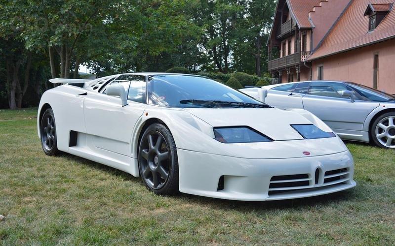Bugatti EB 110 (năm 1991).