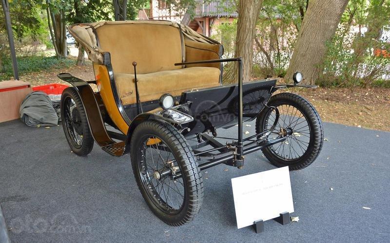 Bugatti Type 56 (năm 1931).