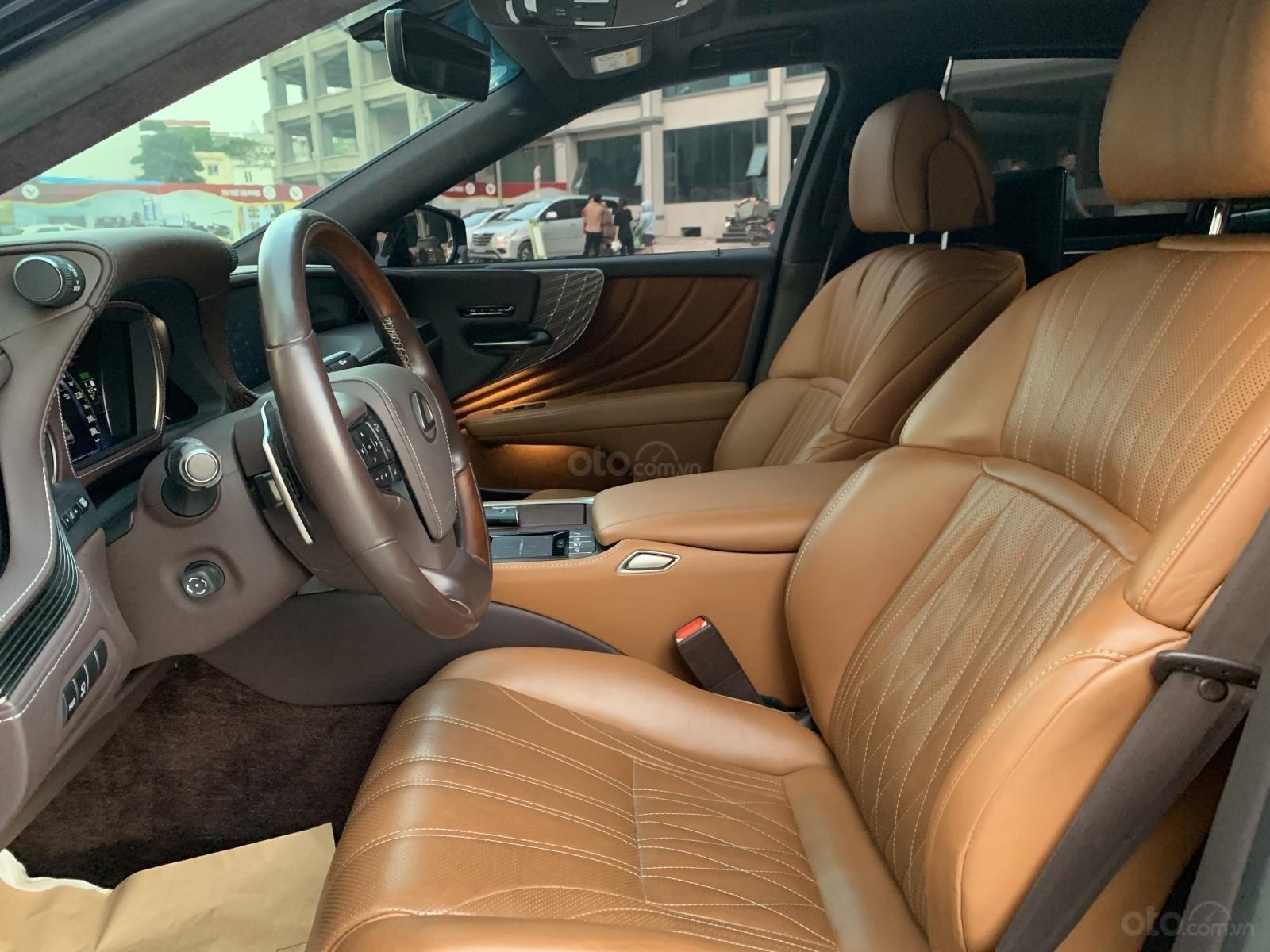 Bán Lexus LS LS500h đời 2017 - chính chủ, thương lượng giá (5)