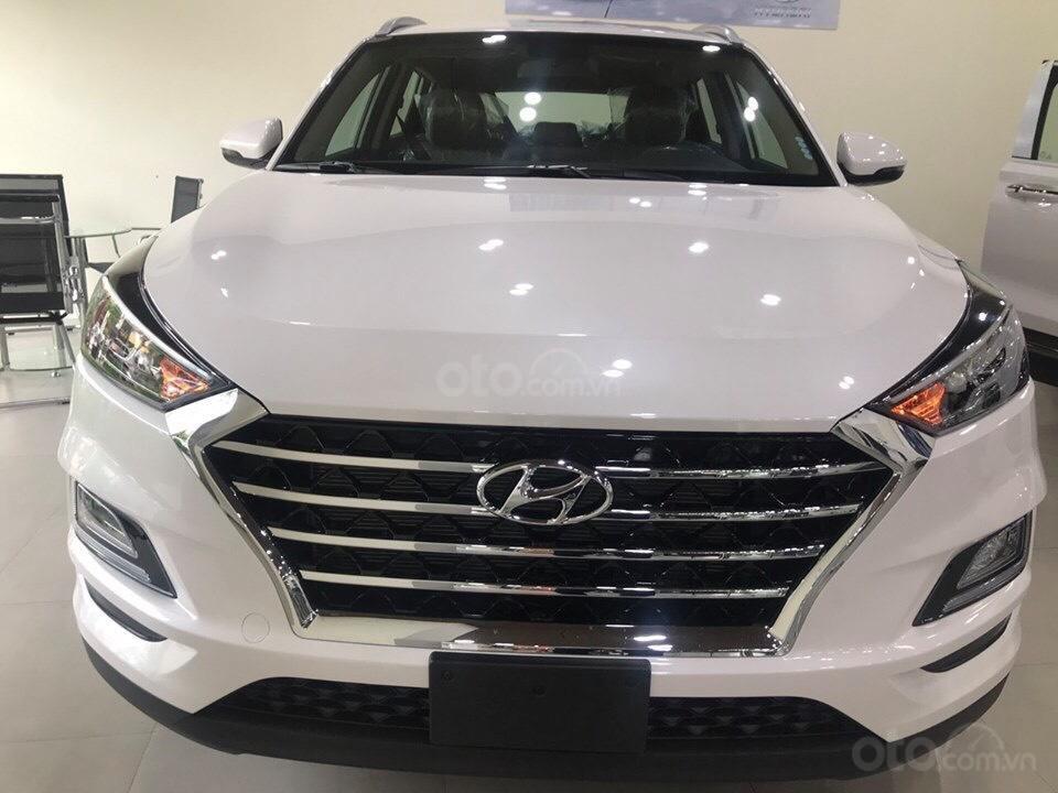 Cần bán xe Tucson 2.0AT đặc biệt 2019, giá 858 triệu đồng (1)