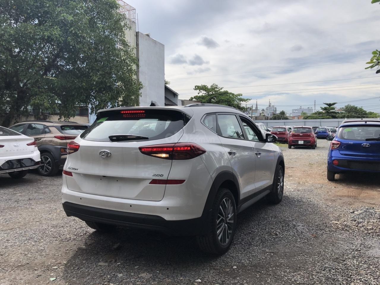 Cần bán xe Tucson 2.0AT đặc biệt 2019, giá 858 triệu đồng (2)
