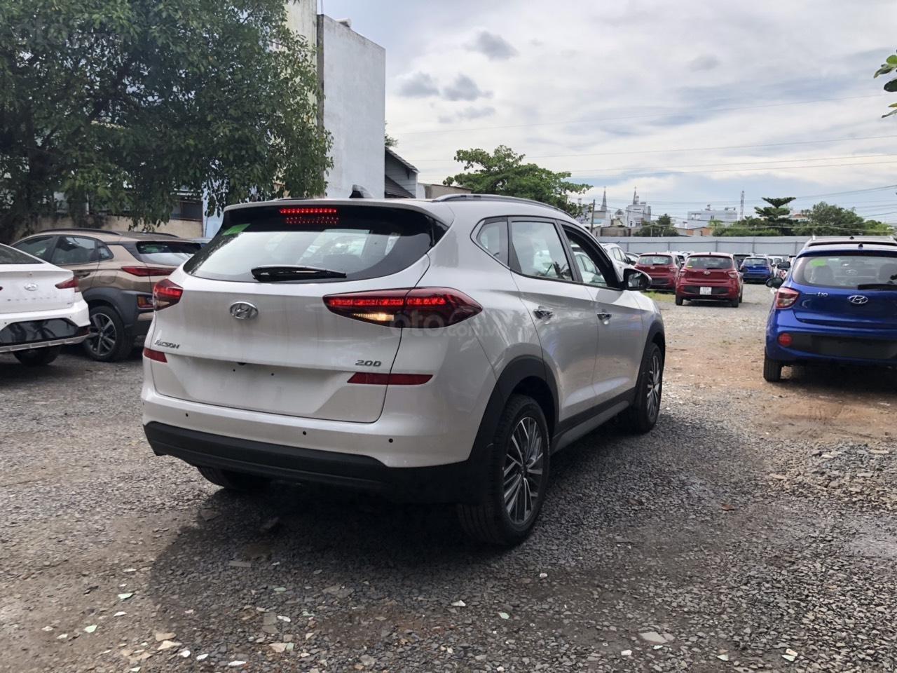 Cần bán xe Tucson 2.0AT đặc biệt 2019, giá 858 triệu đồng (3)