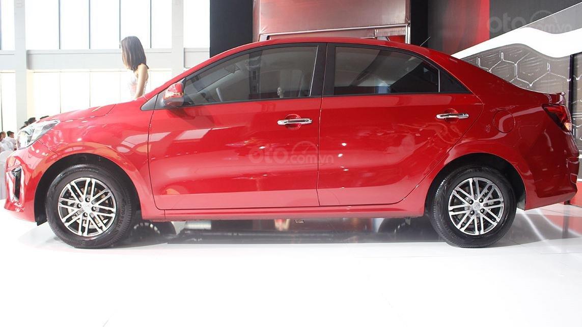 So sánh xe Kia Soluto 2019 với Honda City 2019 a10