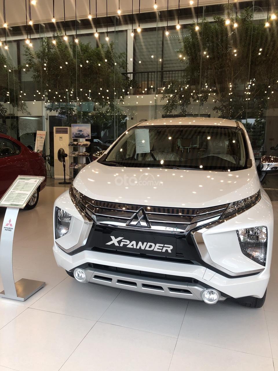 Bán Xpander số sàn năm 2019, màu trắng tại Nghệ An-Hà Tĩnh, trả góp 80%, 0963.773.462, giá 550tr (7)