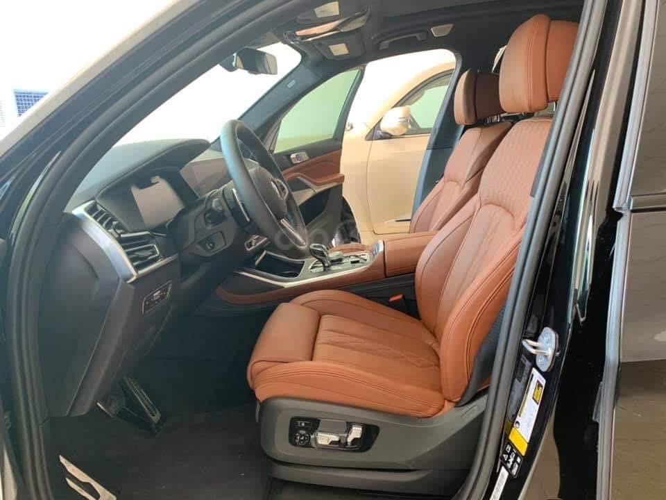 Bán BMW X7 xDriver 40i M-Sport đen model 2020 new 100% - xe sẵn giao ngay (6)