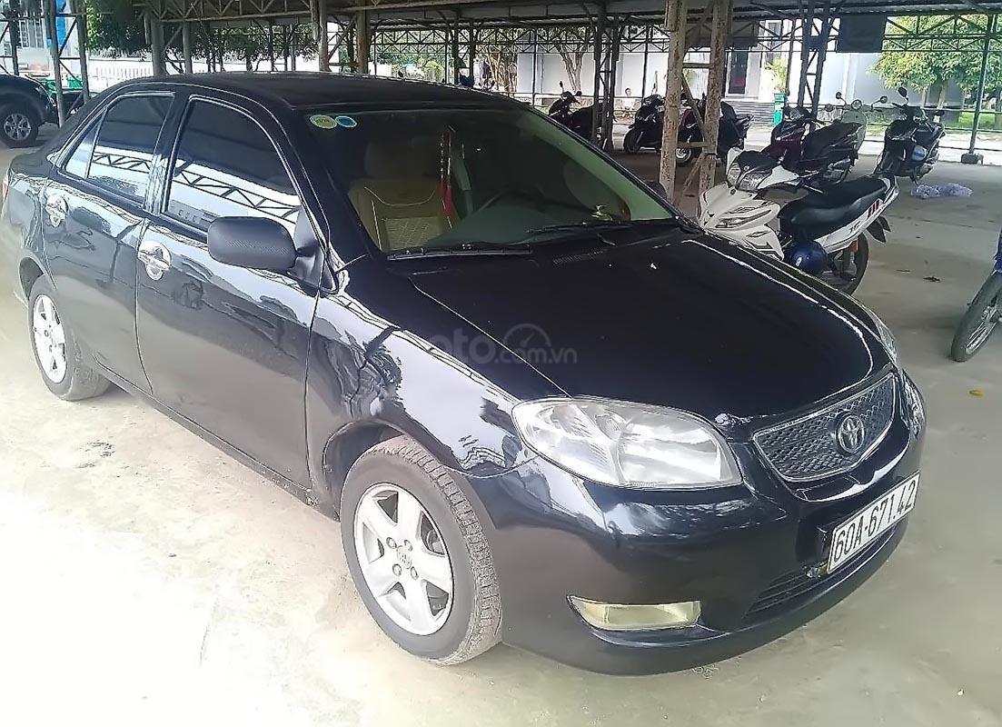 Cần bán gấp Toyota Vios 1.5MT 2005, màu đen chính chủ giá cạnh tranh (1)