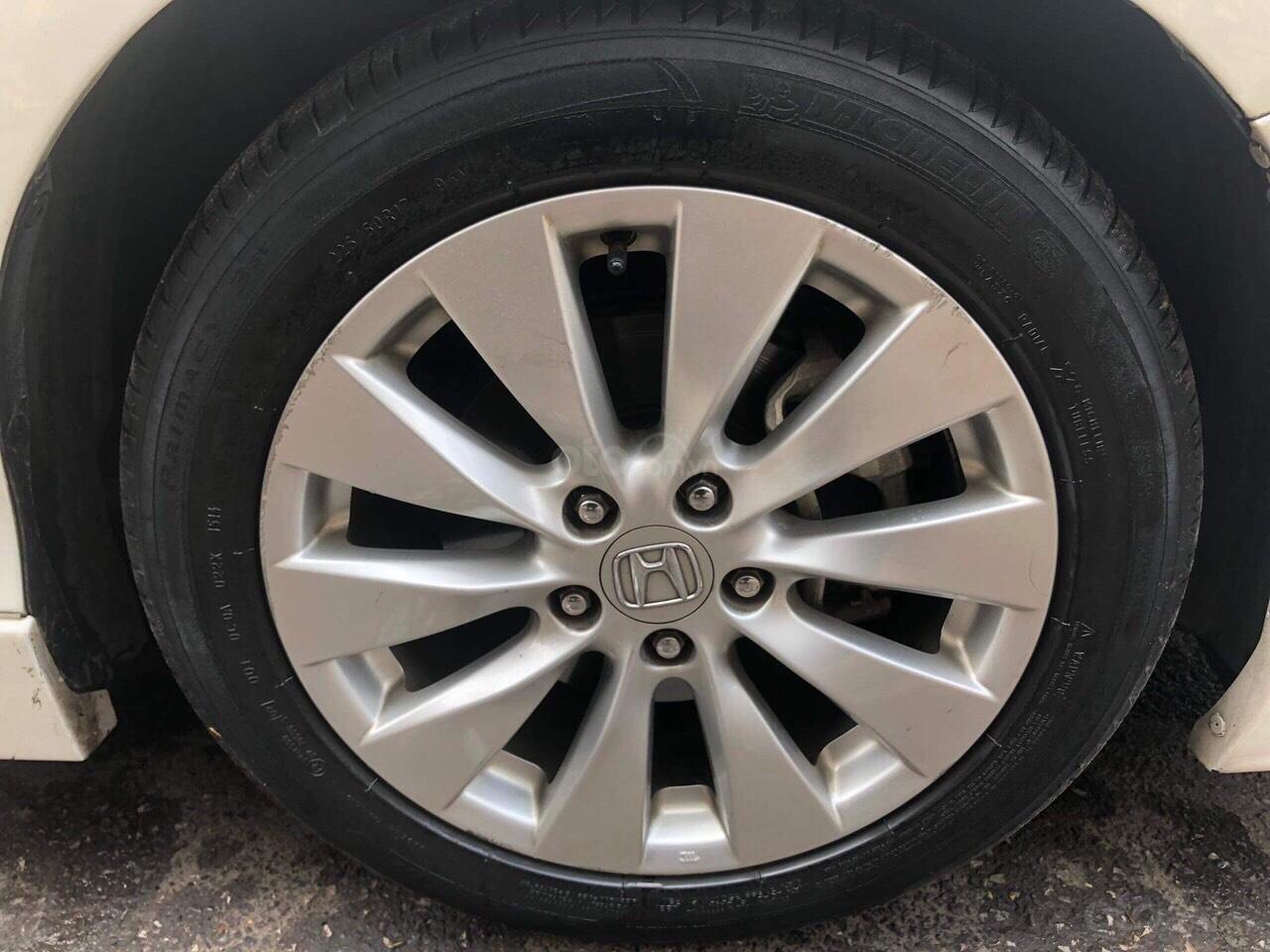 Honda Accord 2.4AT trắng sản xuất 2014 nhập khẩu Thái Lan, biển Hà Nội (5)