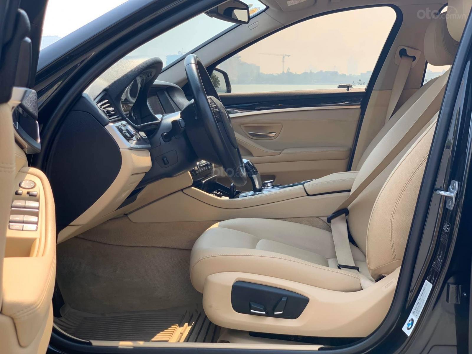 Bán xe BMW 520i đời 2014, màu đen, nhập khẩu (4)