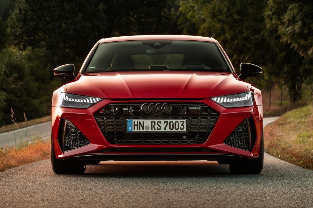 Đầu xe Audi RS7 2020