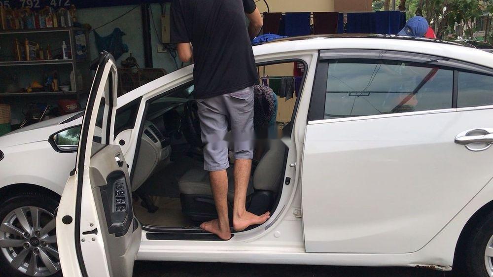 Bán xe Kia K3 sản xuất 2015, màu trắng, nhập khẩu (5)