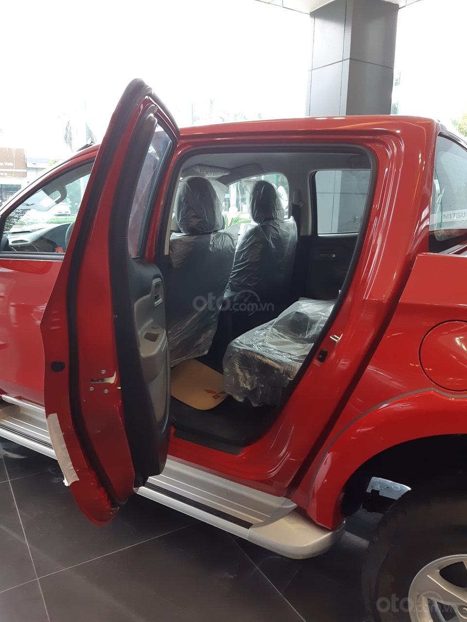 Cần bán Mitsubishi Triton 4x2 MT đời 2019, màu đỏ, nhập khẩu (2)