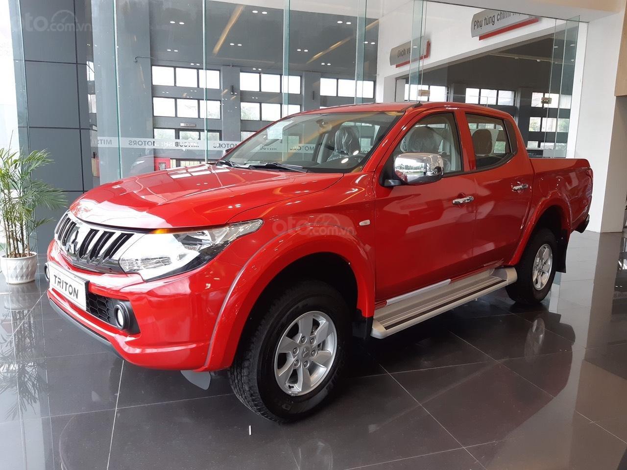 Cần bán Mitsubishi Triton 4x2 MT đời 2019, màu đỏ, nhập khẩu (1)