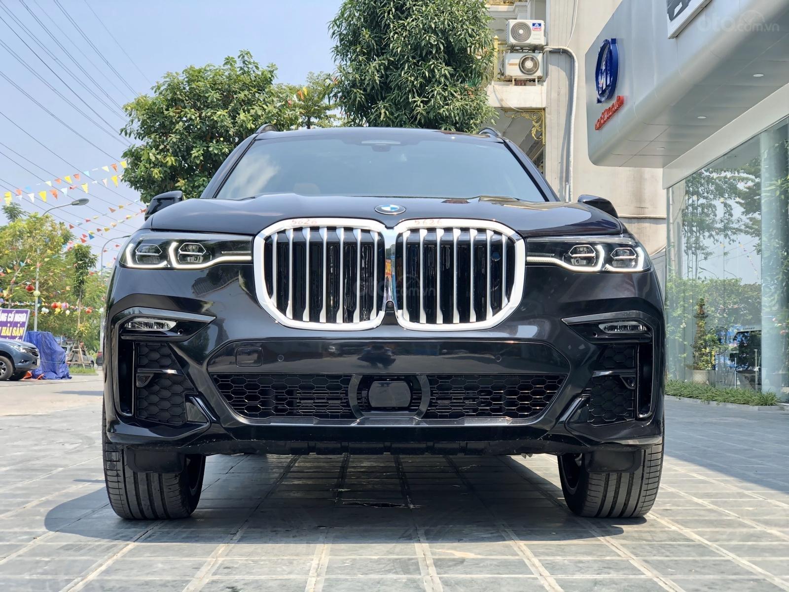 Bán BMW X7 XDrive40i M-Sport sản xuất năm 2019 full kịch option, màu đen, xe nhập Mỹ, mới 100% giao ngay, LH 0982.84.2838 (3)