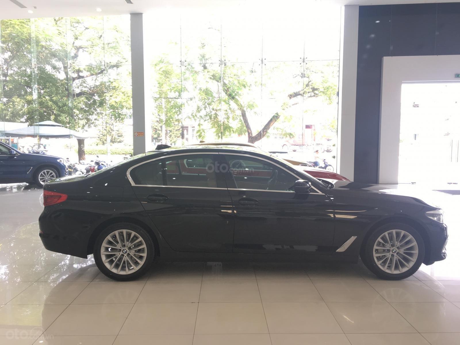 Siêu ưu đãi BMW 530i - Tặng 170 triệu tiền mặt - Xe nhập nguyên chiếc từ Đức (5)