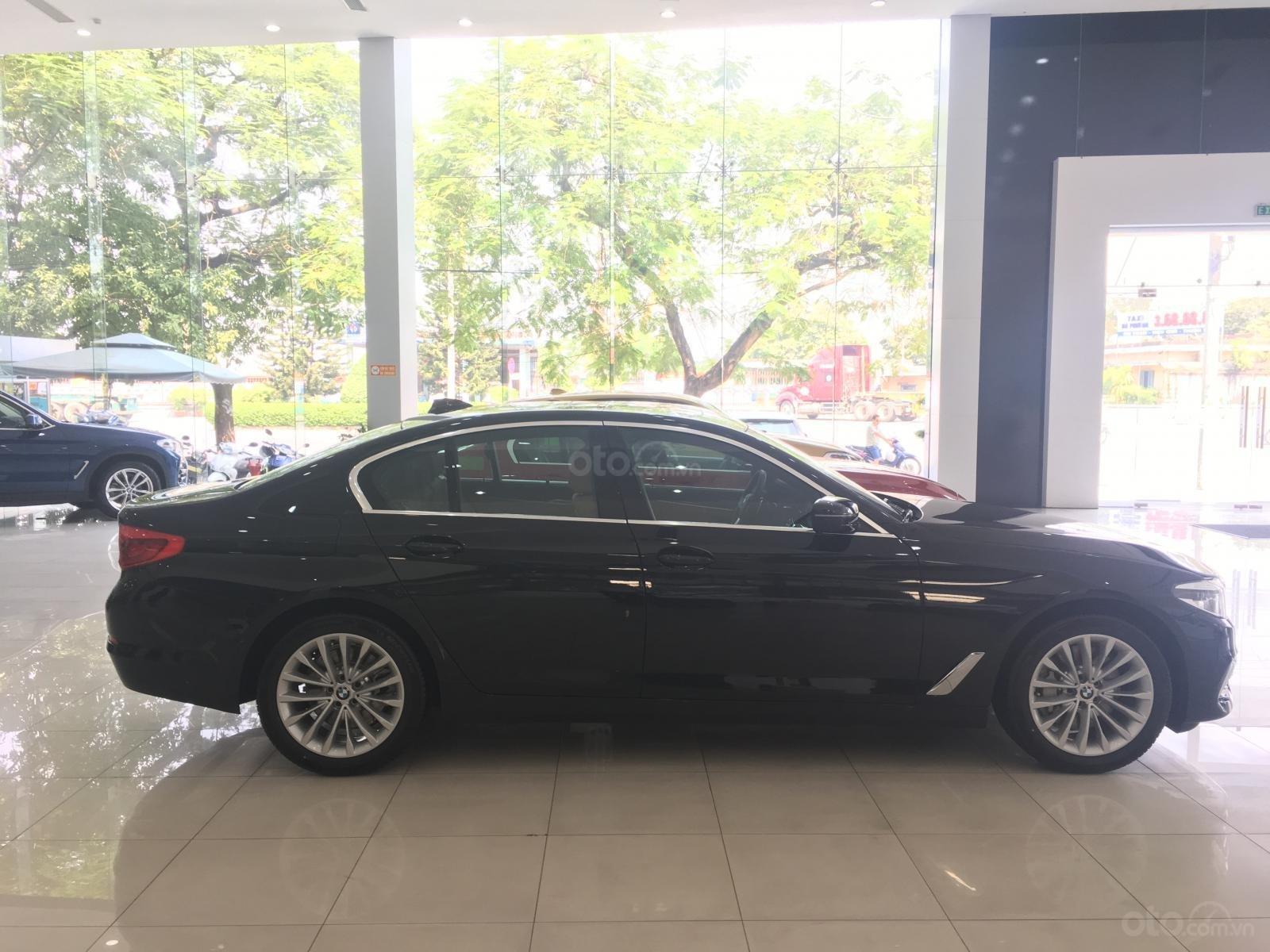 Siêu ưu đãi BMW 530i - Tặng 170 triệu tiền mặt - Xe nhập nguyên chiếc từ Đức (6)