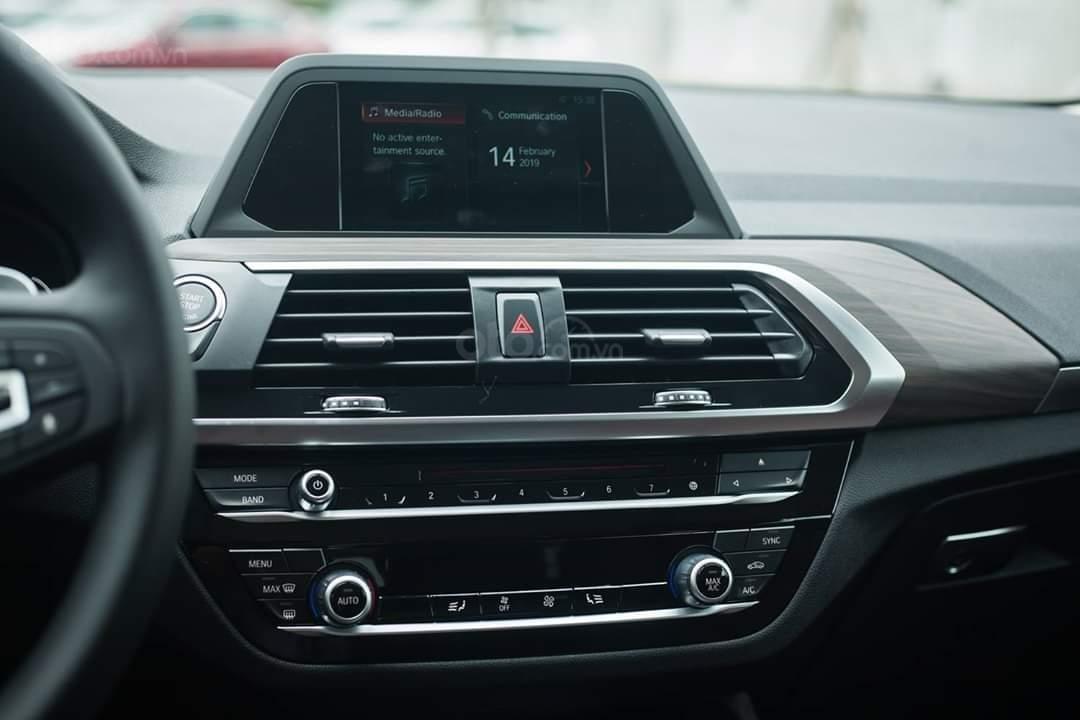 Bán BMW X4 allnew 2019, giảm ngay 134 triệu mua xe ngay tháng 10, nhiều màu sắc sang trọng có xe giao ngay (10)