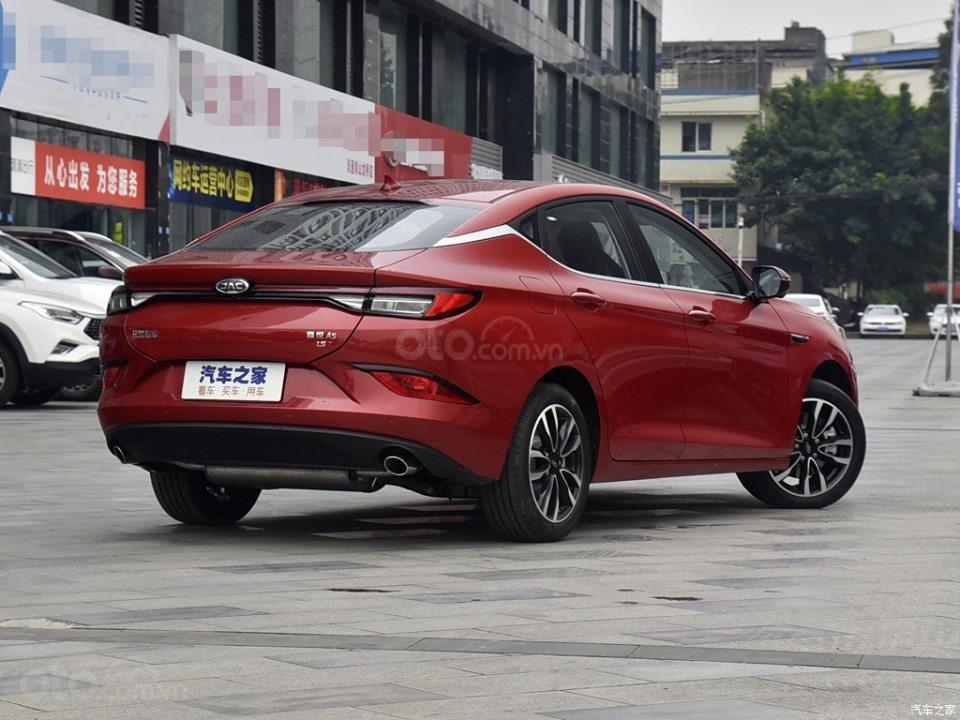 Xe Volkswagen Trung Quốc JAC Refine A5 chào giá hơn 270 triệu