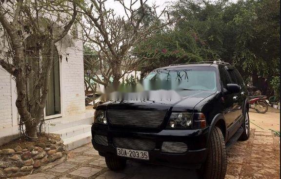 Cần bán lại xe Ford Explorer đời 2003, màu đen như mới (2)