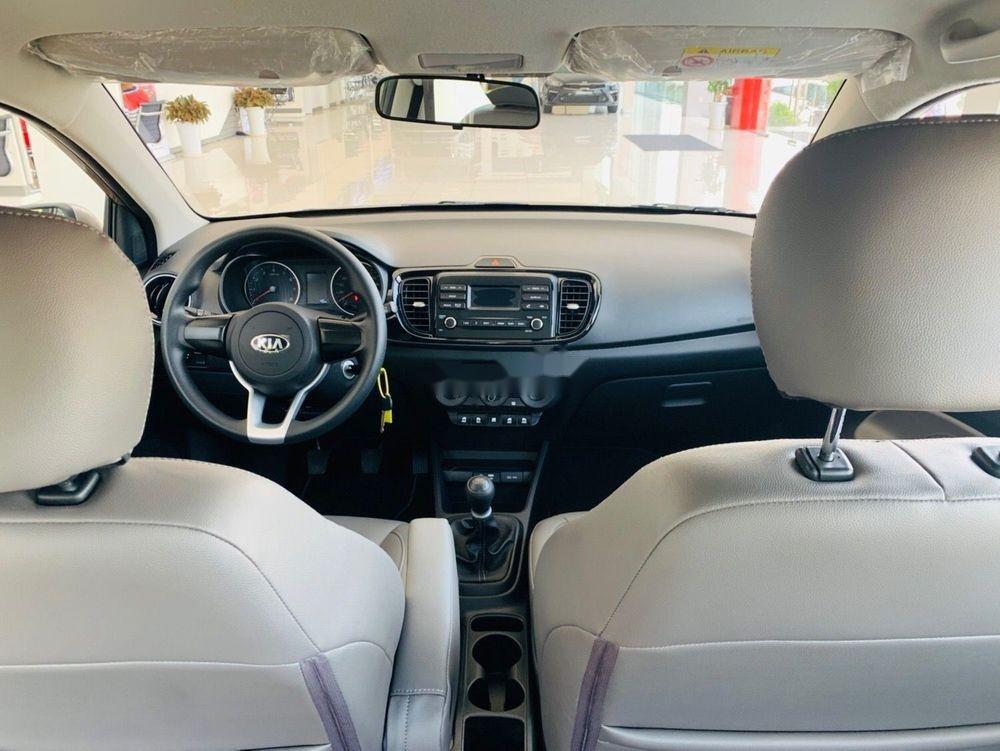 Bán xe Kia Soluto sản xuất 2019 giá tốt (7)
