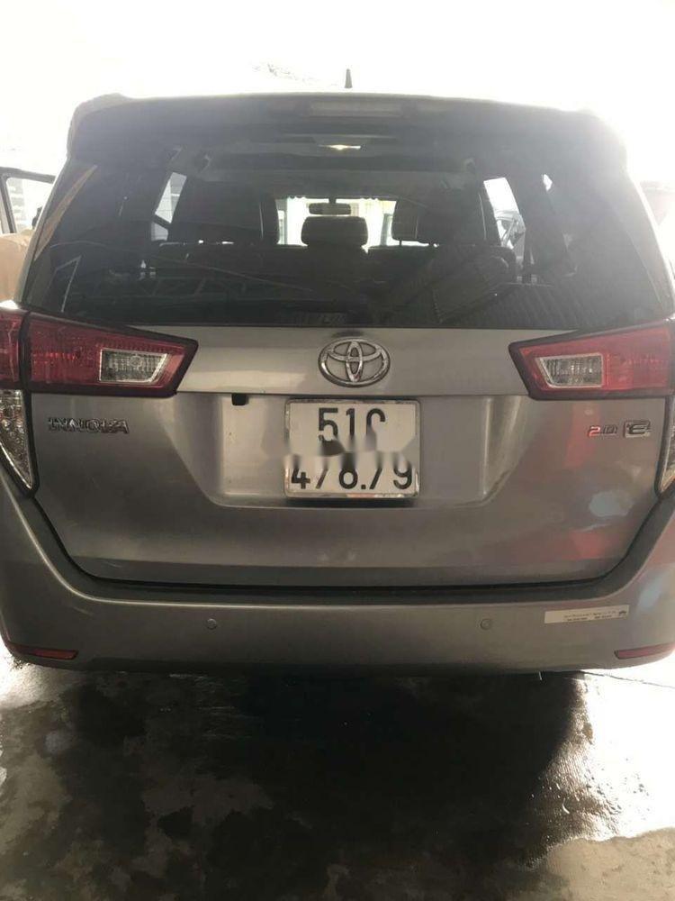 Bán ô tô Toyota Innova sản xuất 2017, màu bạc, số sàn (2)